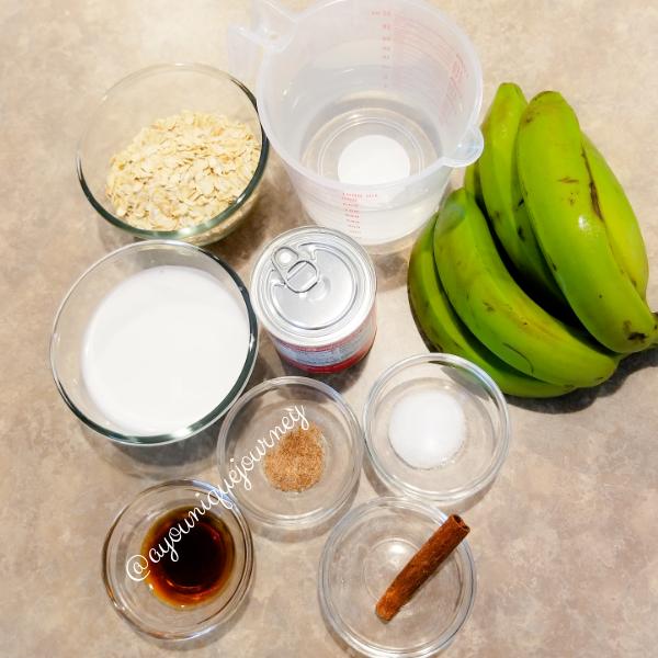All the ingredients to make Banana Oatmeal Porridge.