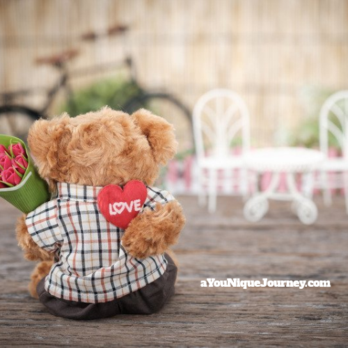 Valentine's Day Gift Ideas - Teddy bear with red roses